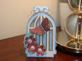 Bird Cage Shaped Card - Cricut Lite Bloom